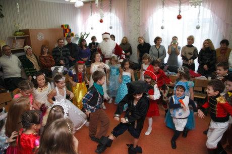 Сценарий на Новый Год для детей 4-5 лет